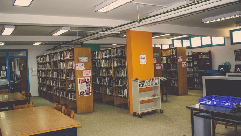 academics-library-02